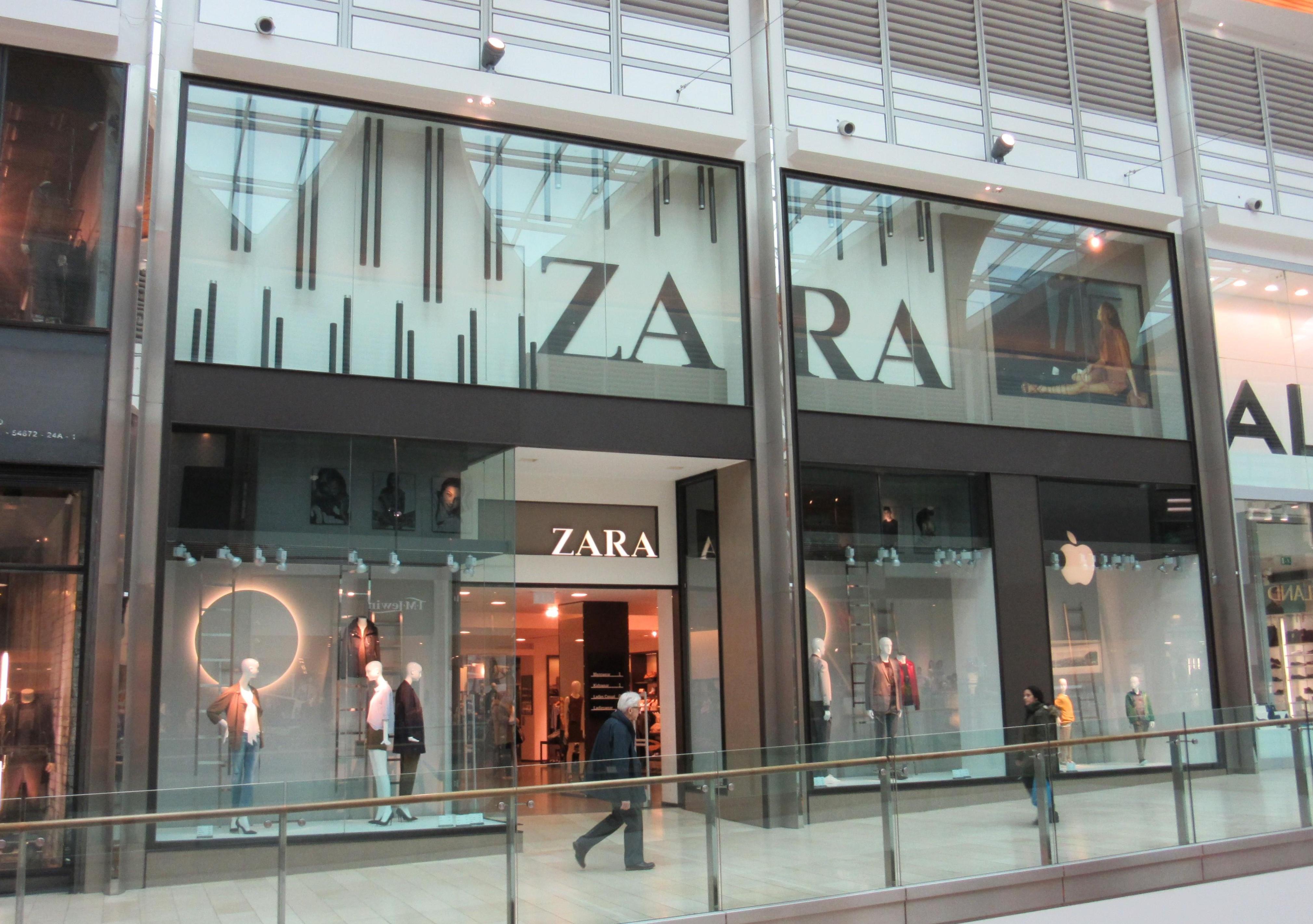 Zara, Highcross shopping centre, Leicester.jpg